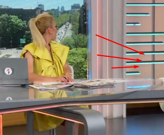 MUNJEVIT PREKID LAJVA! Uleteli u studio, Bojana Ristivojević nije znala gde se nalazi, oko nje se STVORILA GUŽVA... (VIDEO)