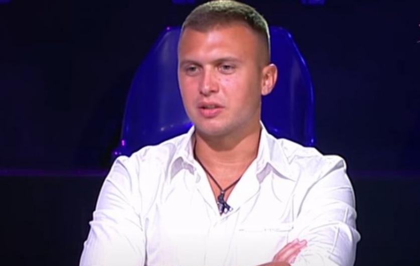 ISTA CECA? Stefan Karić je ludo zaljubljen u SABINU iz Novog Pazara, svi bruje kako liči na našu PEVAČICU!