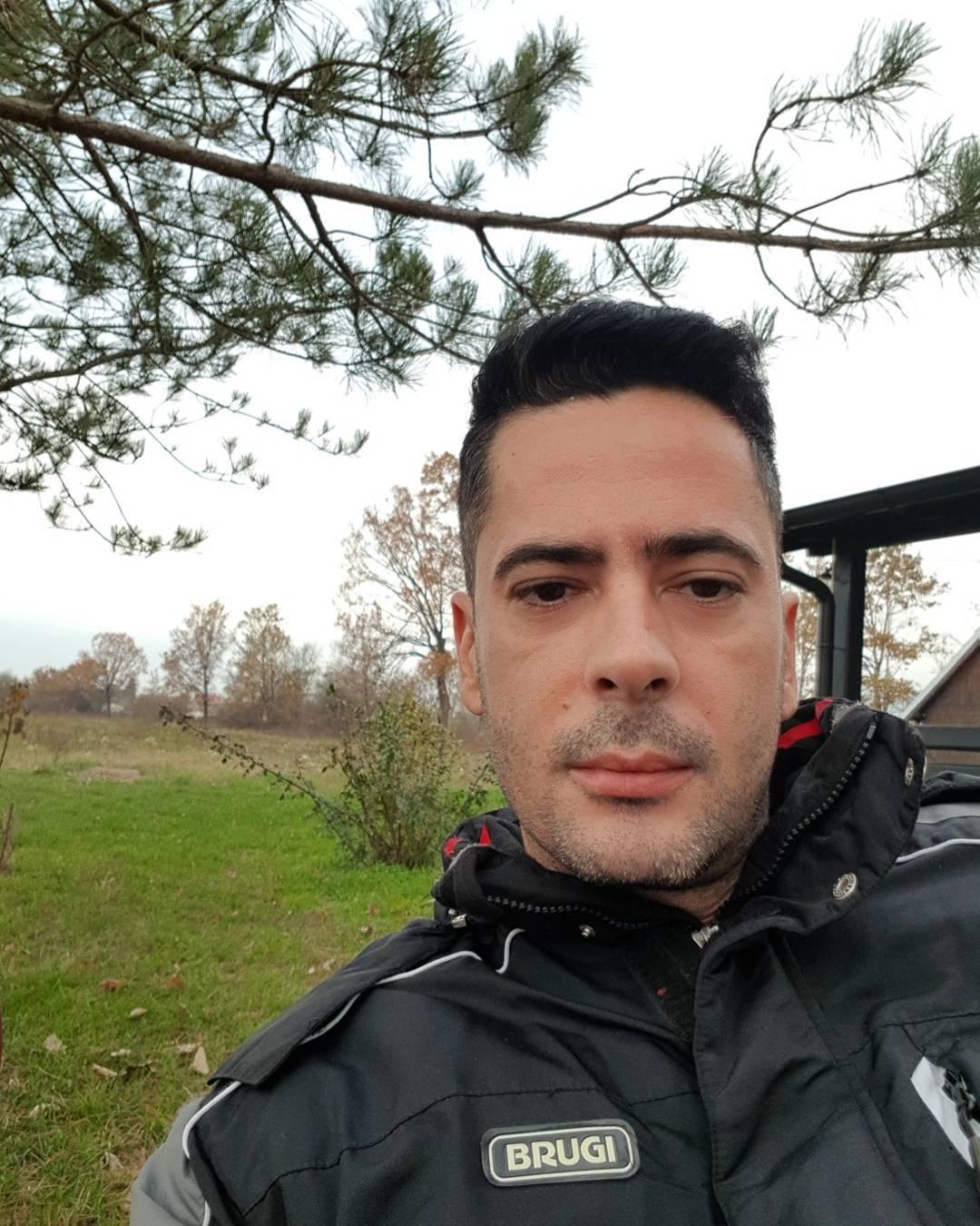"""""""IZOPERISANA, HAJDE STAVI TU MASKU!"""" Saša Joksimović pobesneo u tržnom centru! Od njegovih reči se usijao Fejsbuk!"""