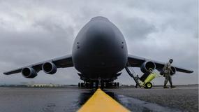 Pažnja PAŽNJA Ovo je najveći avion u širokom asortimanu Američkog ratnog vazduhoplovstva