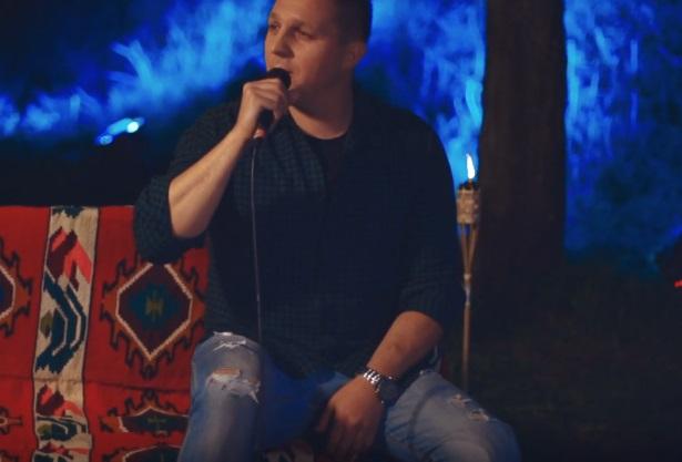 Jevremovići su ga prozvali MIKIJEVIM NASLEDNIKOM! Pevač Dule Lušin je ovim projektom oduševio publiku (VIDEO)