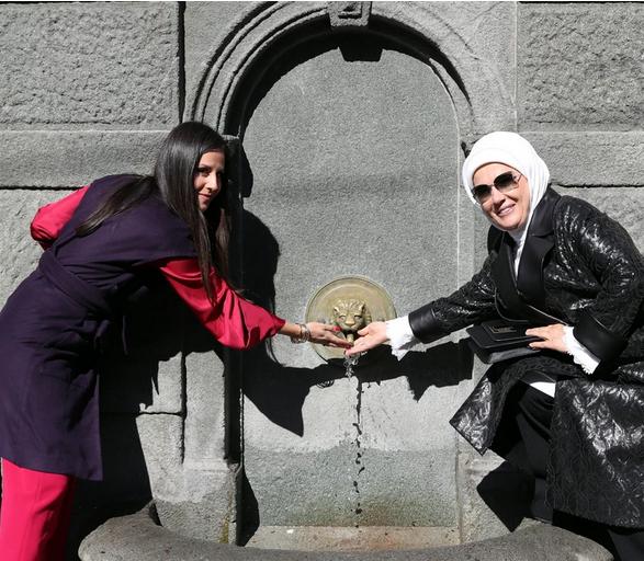 Emina Erdogan i Tamara Vučić