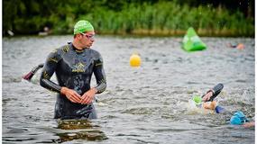 Zobacz jak Krzysztof Wieszczek trenuje przed triathlonem