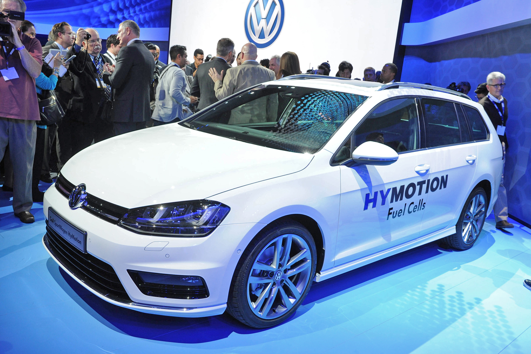 Volkswagen golf variant HyMotion