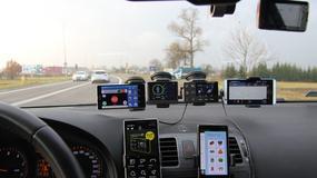 Produkty ostrzegające o fotoradarach i utrudnieniach - sprawdzamy, jak ostrzegają kierowcę