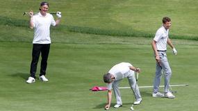 SAMO MU ANA NEDOSTAJE Švajni krenuo na golf sa Milerom /FOTO/