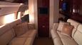Boeing 757 ma na swoim pokładzie prywatny pokój gościnny.
