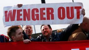 VREME ZA RASTANAK Navijači teraju Vengera iz Arsenala /FOTO/