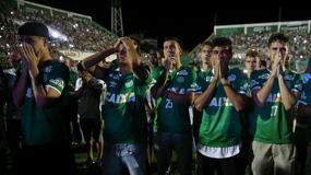 PESMOM PROTIV TUGE Scene koje teraju suze na oči na stadionu Šapekoensea /FOTO/ /VIDEO/