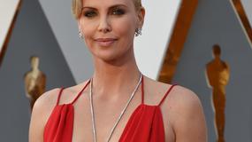 Oscary 2016: obłędny dekolt Charlize Theron