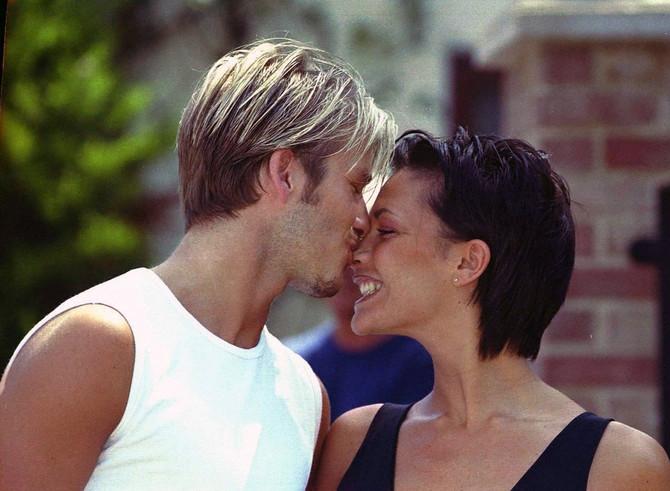 Viktorija i Dejvid na početku veze