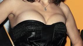 Suknia mała? Czy biust za duży?