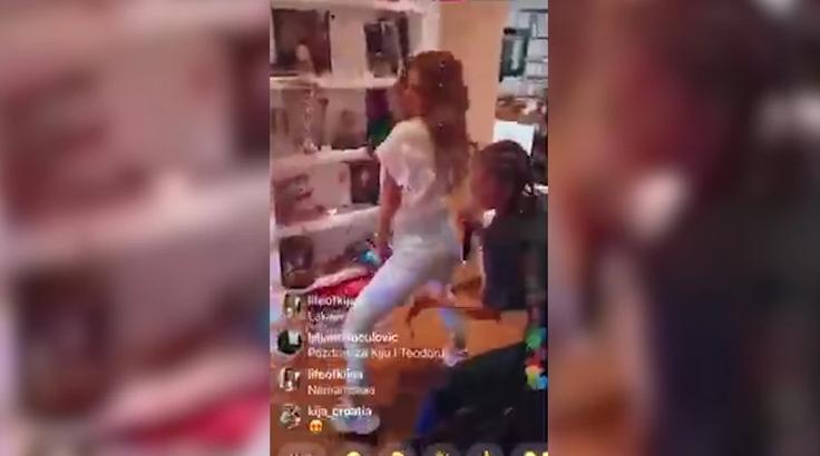 Kija napravila žurku u svom stanu: Dok je Kockareva TRESLA, ova pevačica je UDARALA PO ZADNJICI! (VIDEO)