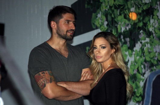 Nikola Rađen ima novu devojku, ali se i dalje viđa sa Anom Kokić: Pokazao šta su danas zajedno radili i ODUŠEVIO SVE! (FOTO)