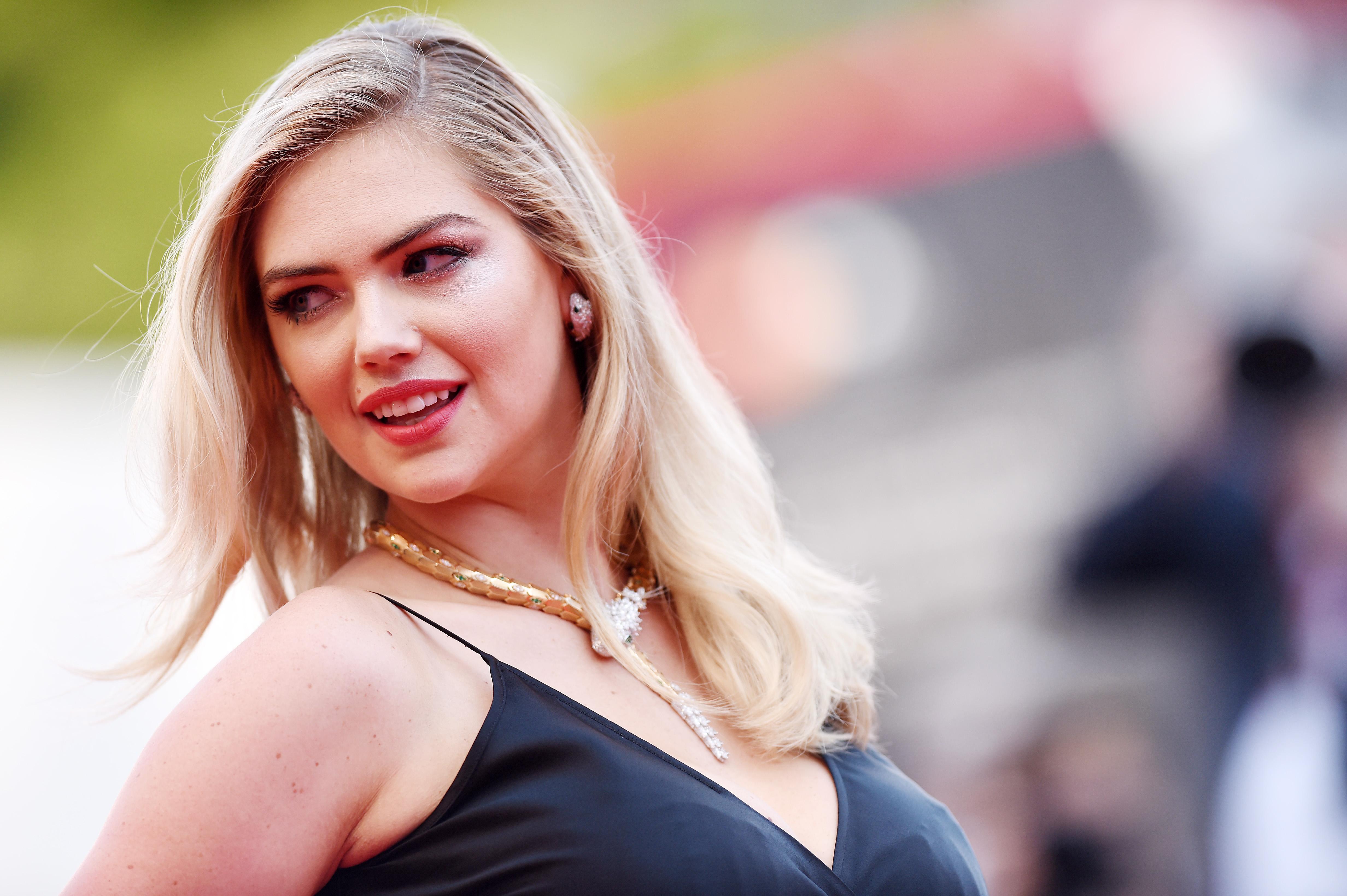 Kate Upton szczerze o karmieniu piersią: wyssało mi energię