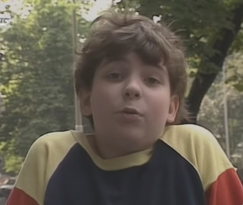 """Bucmasti Zlatko iz serije """"Metla bez drške"""", danas ima 40 godina i evo kako izgleda i čime se bavi!"""