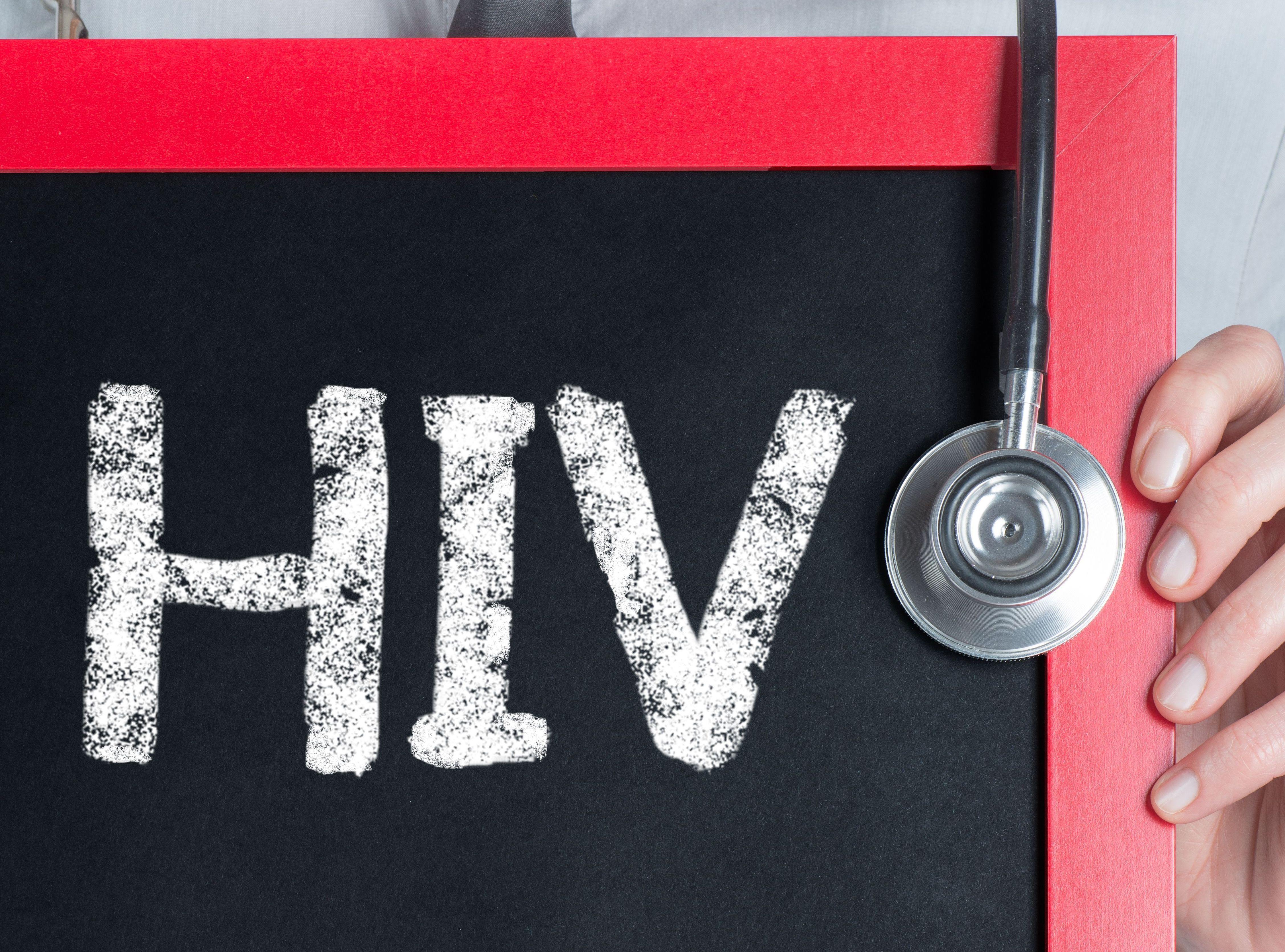 Czy seks analny może powodować hiv