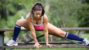 Anais Zanotti ćwiczy w parku