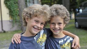 Znane bliźniaki z wiekiem są mniej podobne do siebie?