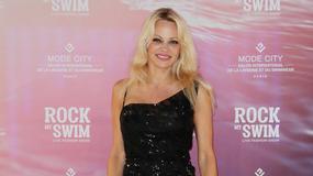 """Pamela Anderson na gali w Paryżu. Zobacz, jak wygląda 50-letnia gwiazda """"Playboya"""""""