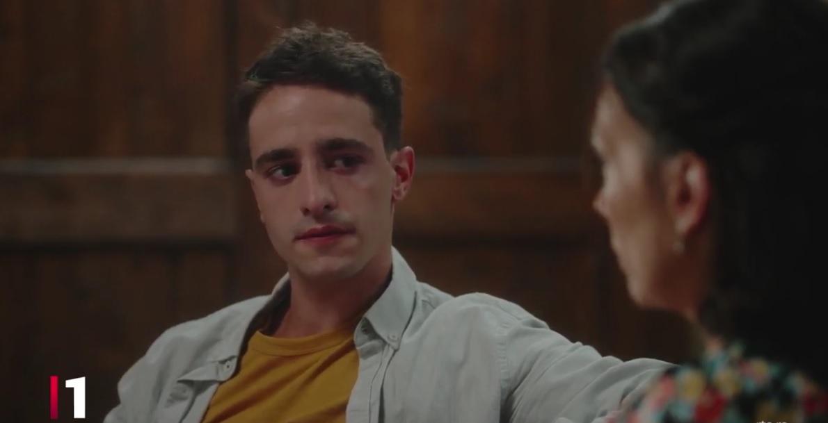 """Marko Vasiljević je sve oduševio u seriji """"Tajna vinove loze"""", kao sin Slobode Mićalović, a tek da vidite kako mu mama izgleda u privatnom životu!"""