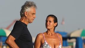 Andrea Bocelli ma piękną żonę. Jak wygląda w bikini?