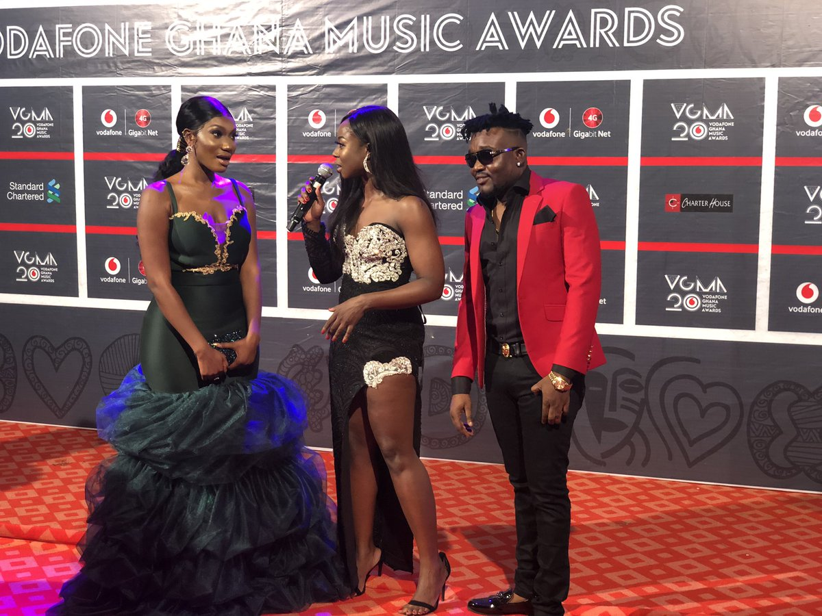 Wendy Shay Channels Mrs Dumelo Wedding Dress For Vgma Article Pulse Ghana