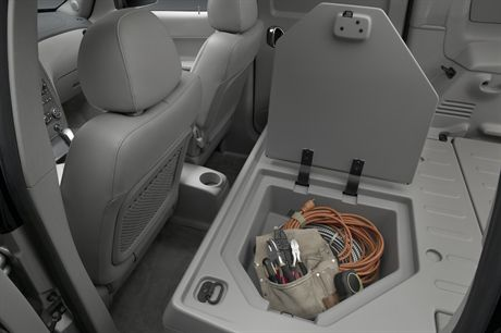2007 Chevrolet HHR LT Panel - Lockable Storage Compartment. X07CT_HR057  (United States)