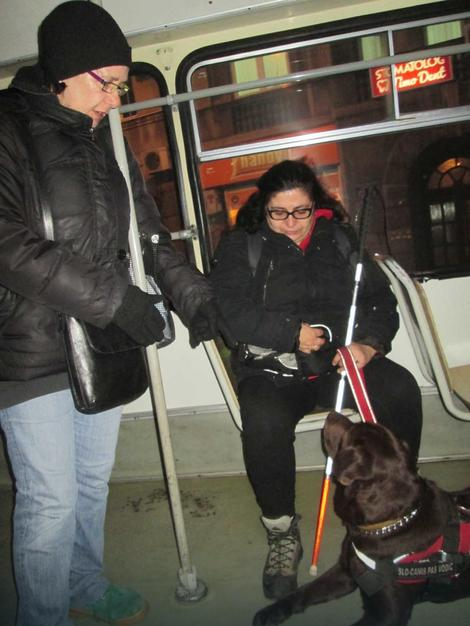 Vesna nije htela da izađe iz autobusa već je pozvala policijju
