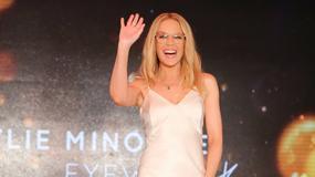 Kylie Minogue promuje nowy biznes. Wygląda na 50 lat?