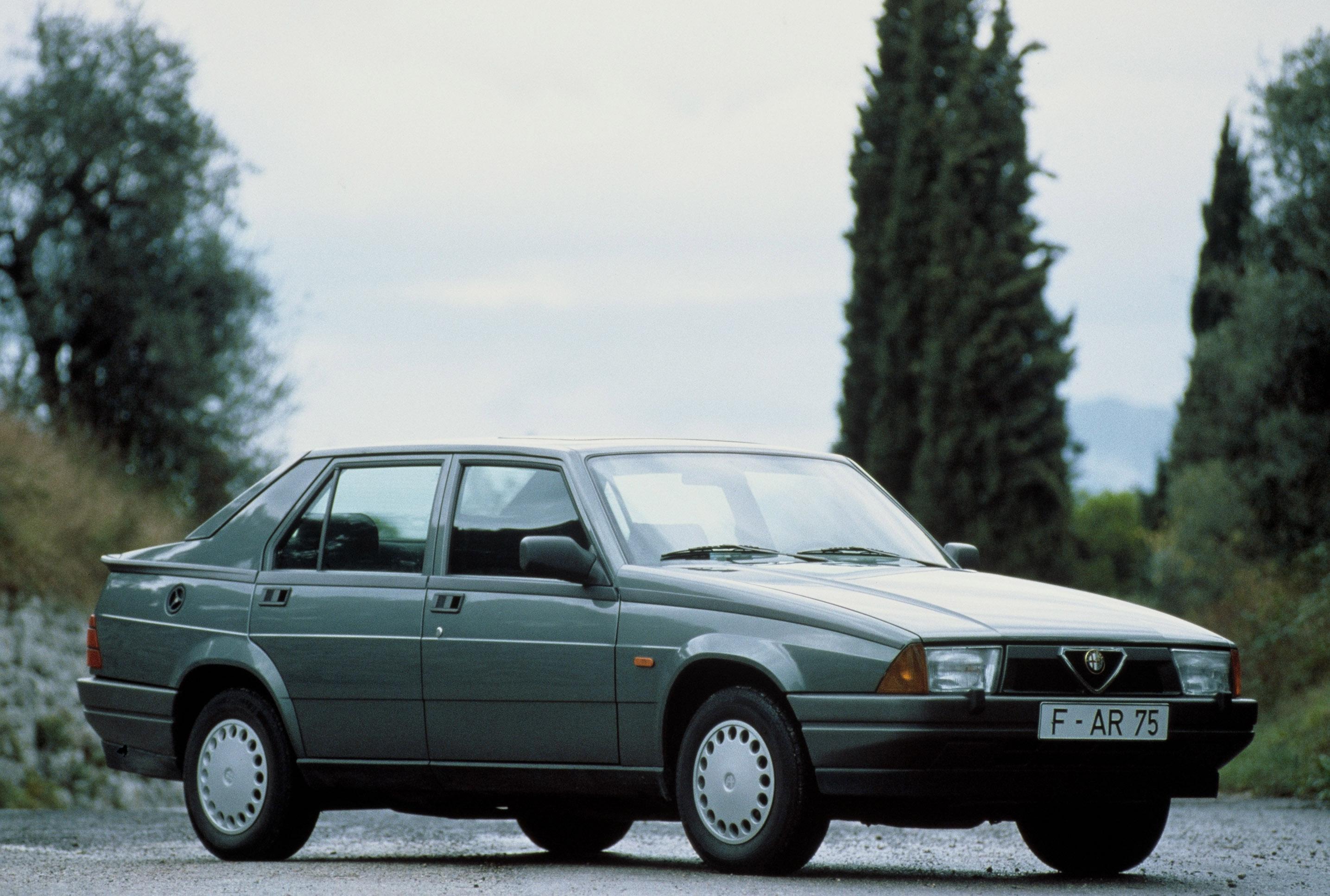 Alfa Romeo 75 – testy i recenzje zdjęcia opinie dane techniczne