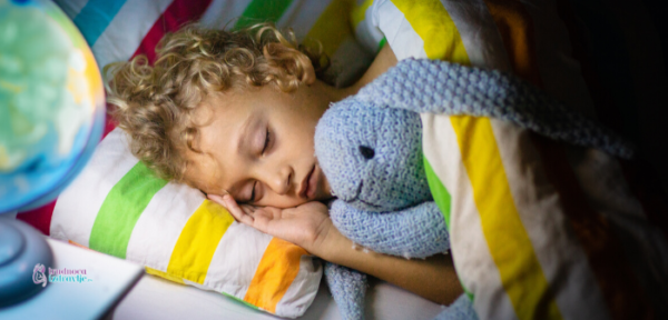 Pre nego što odlučite da ukinete pelenu preko noći razgovarajte s detetom