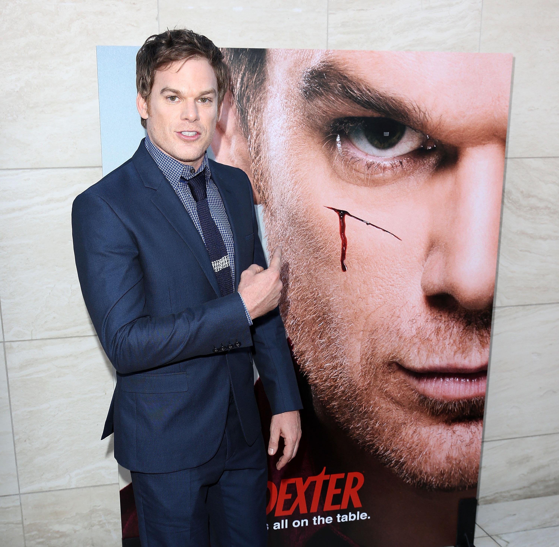 robi Dexter i jego siostra już się nie umawiam