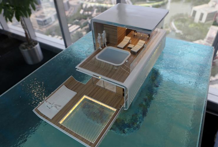 Plutaju I Morski Konji I Luksuz U Dubaiju Poprima Nadrealne Dimenzije