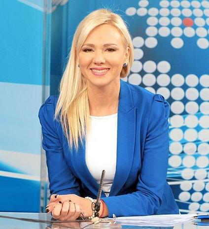 """""""ISTA MAJKA"""" Voditeljka Ivona Pantelić objavila zajedničku fotku sa ćerkom Mašom, KOMENTARI PLJUŠTE! (FOTO)"""