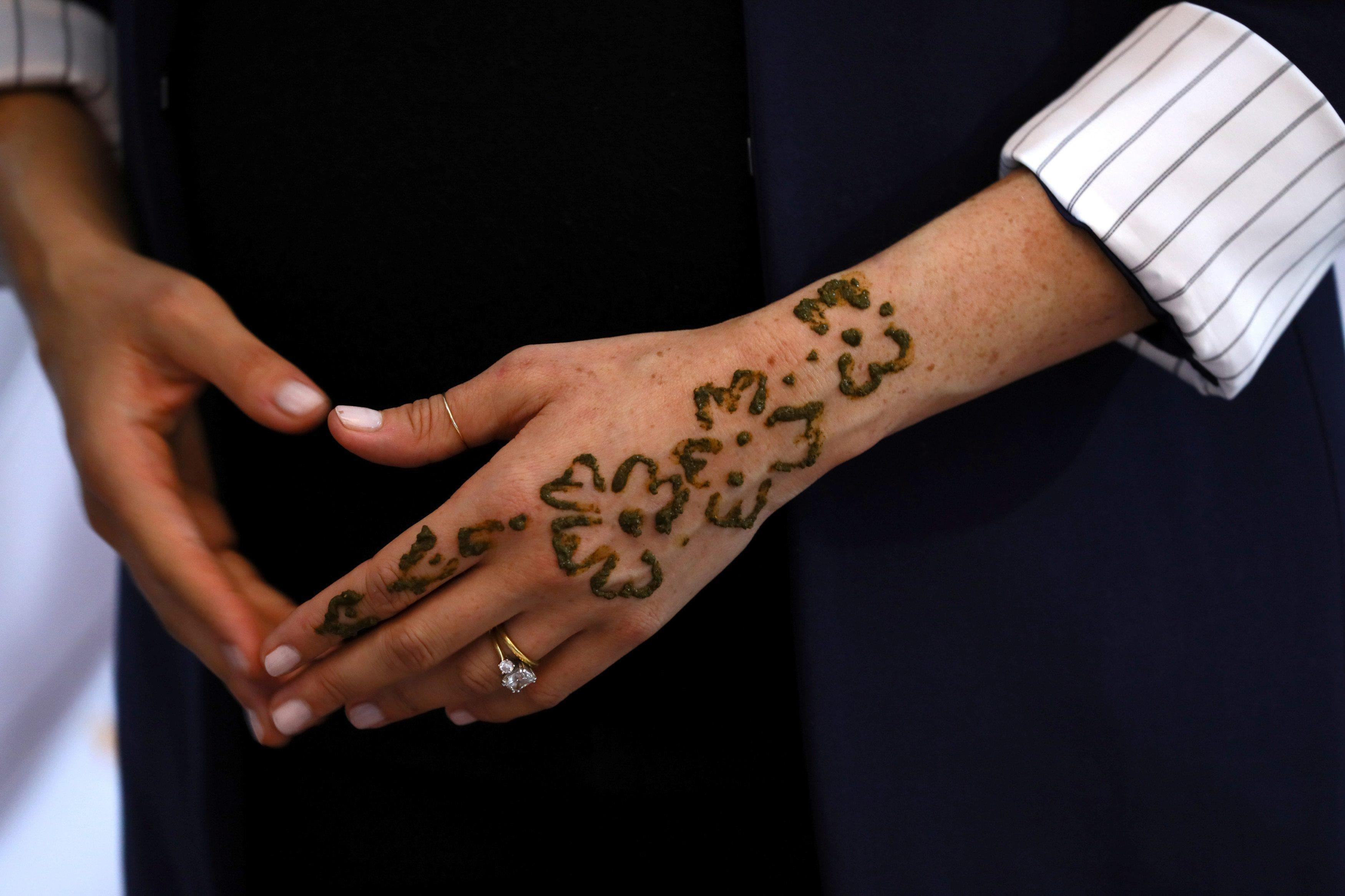 Meghan Markle Zrobiła Sobie Tatuaż Z Henny 17 Lenia Samira