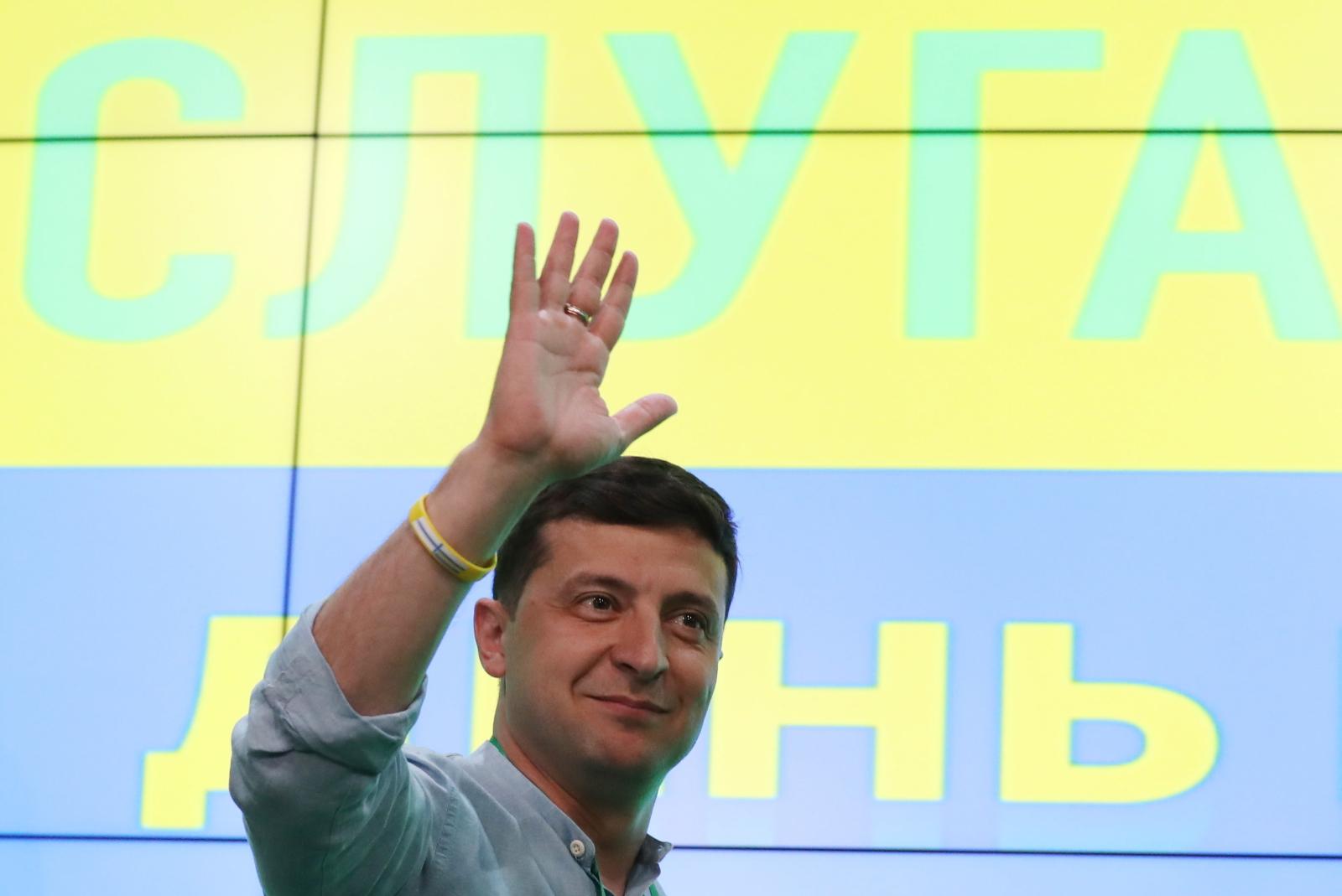fb74cb49f30ac9 Wybory na Ukrainie. Zwycięstwo Sługi Narodu może być początkiem kłopotów  Wołodymyra Zełenskiego - Świat - Newsweek.pl