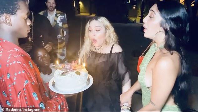 Detalji sa rođendana Madone