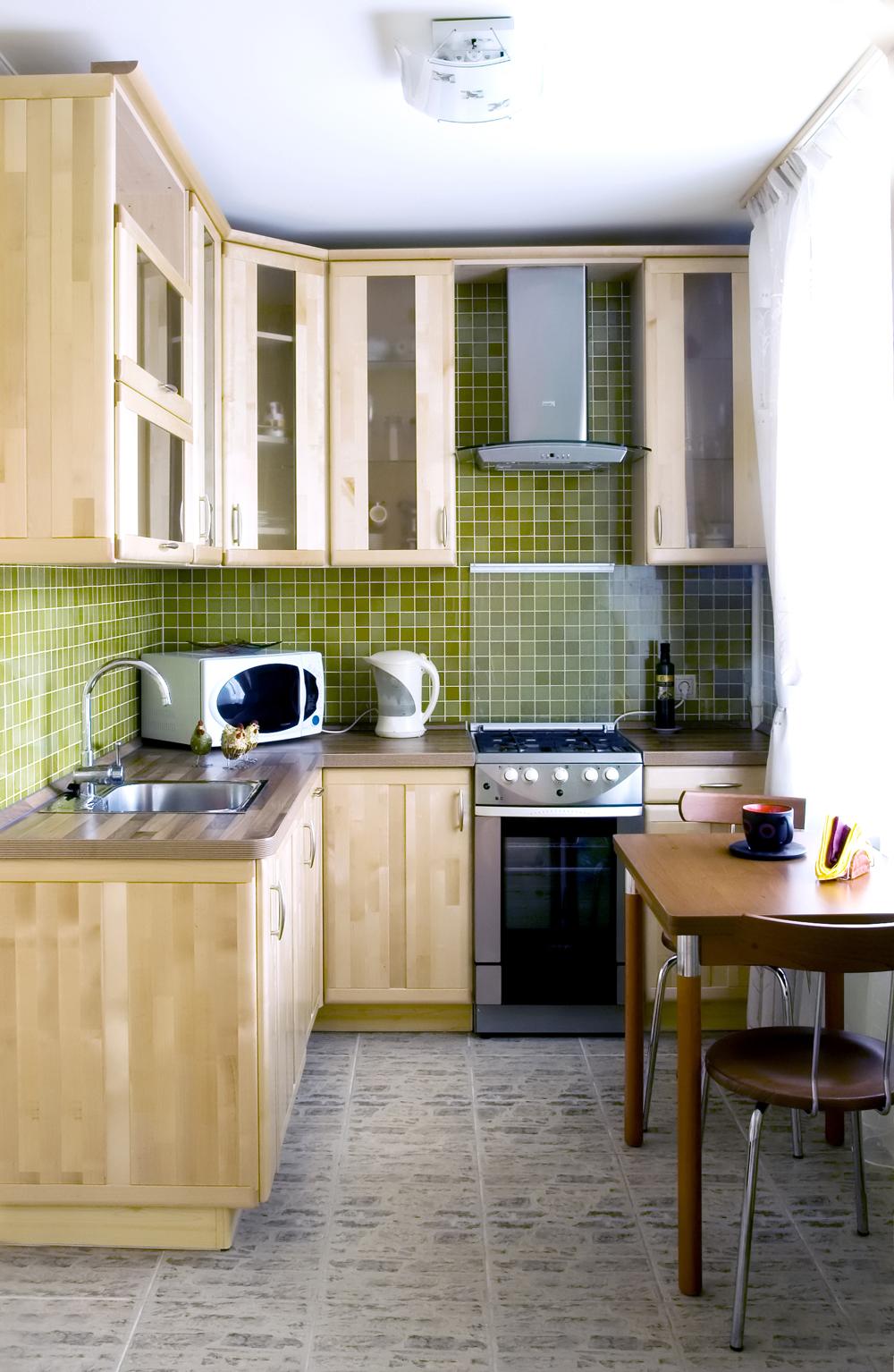 Jak Optycznie Powiekszyc Waska I Prostokatna Kuchnie Dom