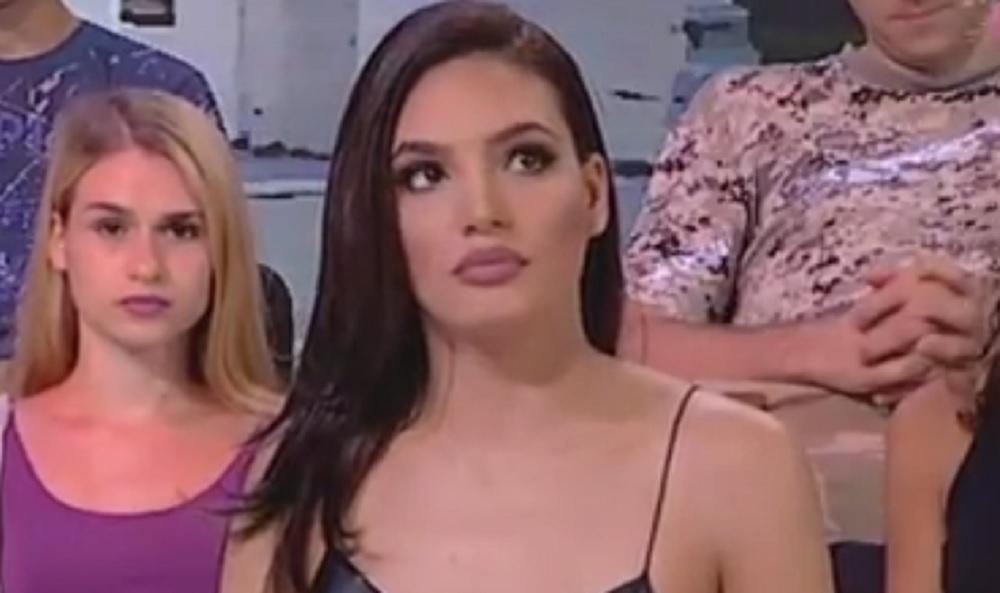 """Bila je učesnica """"Zadruge 1"""", okušala se u """"Zvezdama Granda"""", a sada je TRUDNA: Pogledajte kako danas izgleda pevačica, a ovo je njen partner! (FOTO)"""