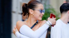 Bella Hadid z odsłoniętym brzuchem spaceruje po mieście. Seksowna?