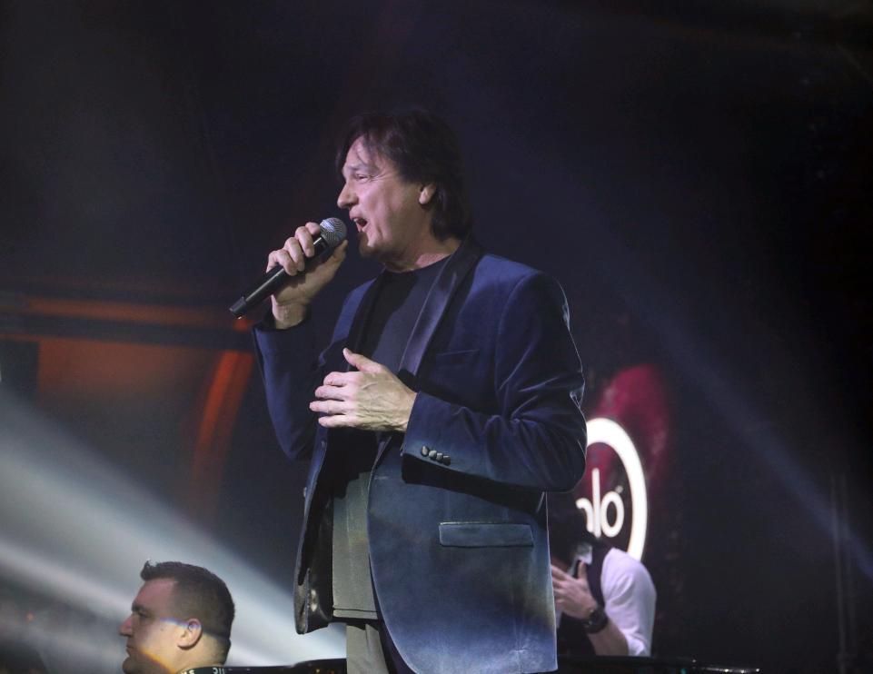 Mnogi misle da je Zdravko Čolić bio najpopularniji pop pevač, ali ovaj kolega je prodavao VIŠE PLOČA OD NJEGA!