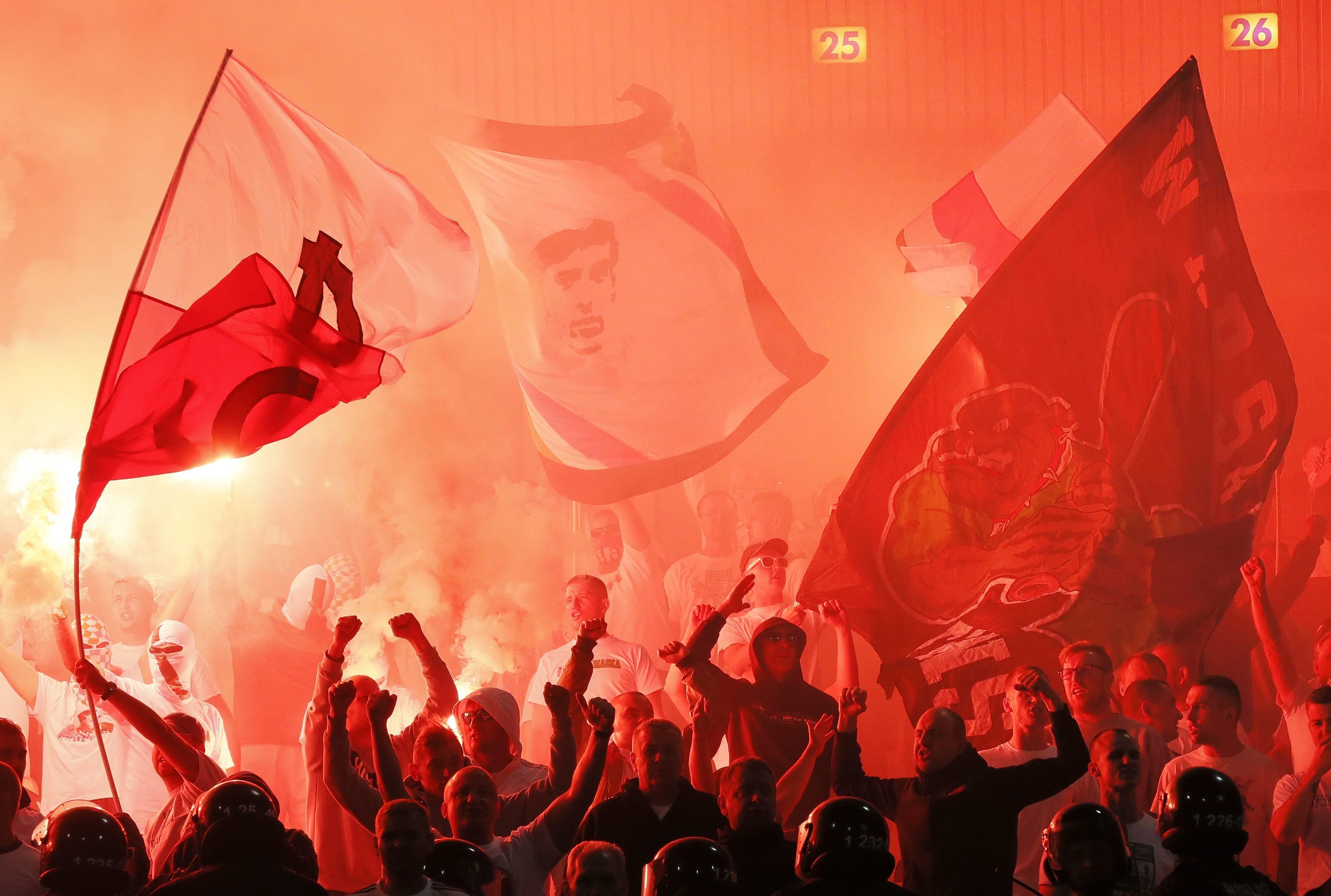 Ogromnie Real Madryt Legia Warszawa stream online. Pseudokibice Legia AI56