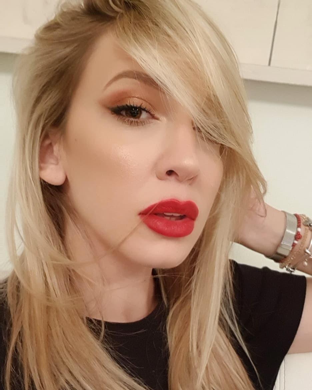 OGLASILA SE ŽENA čiji MUŽ SE ZALJUBIO u Milicu Todorović: Evo kako pevačica reaguje!