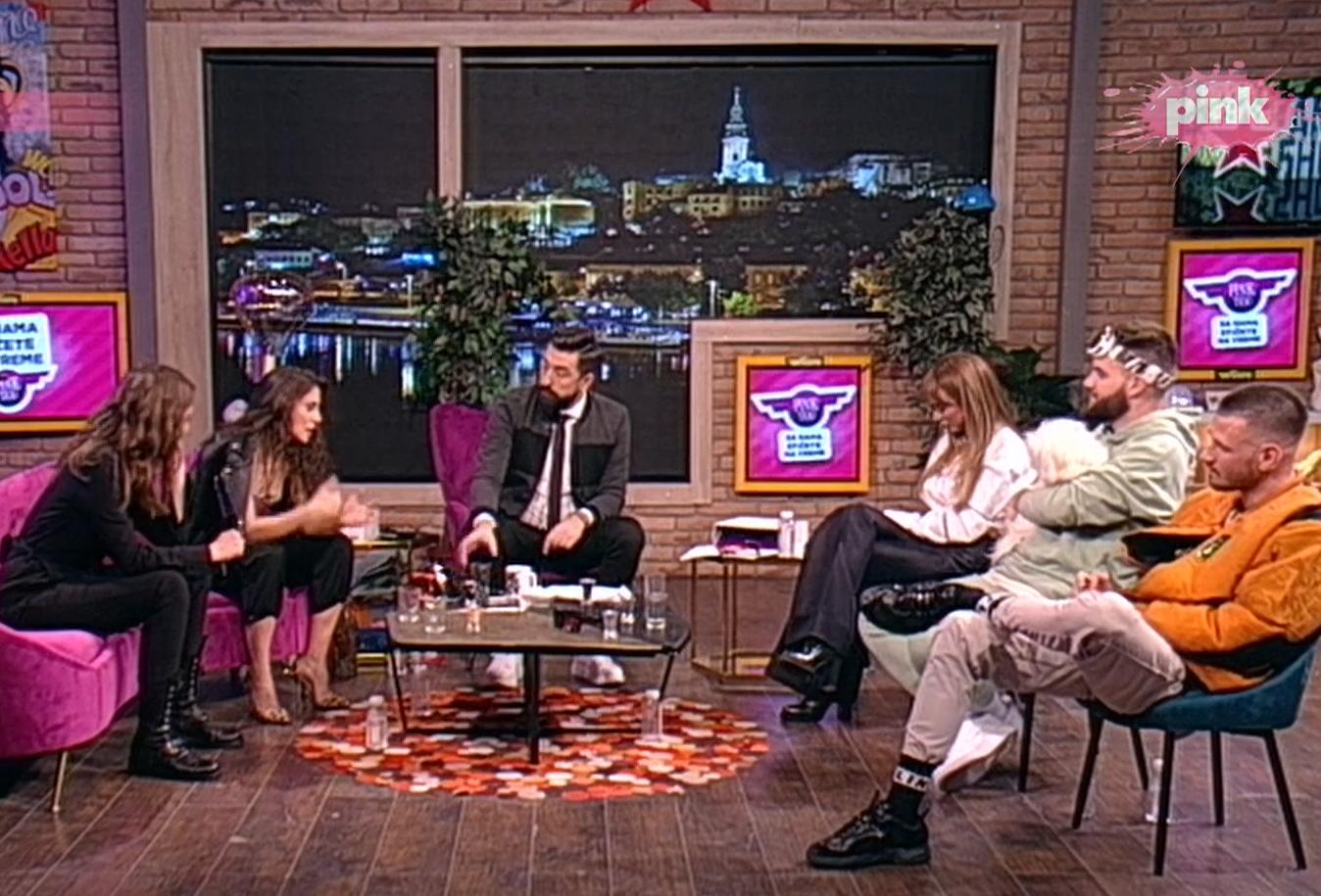 PORODILA SE! Uživo u emisiji kod Ognjena Amidžića saznala za PRINOVU u porodici!