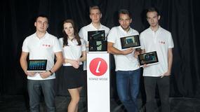 Lenovo Yoga Tablet w świetle jupiterów