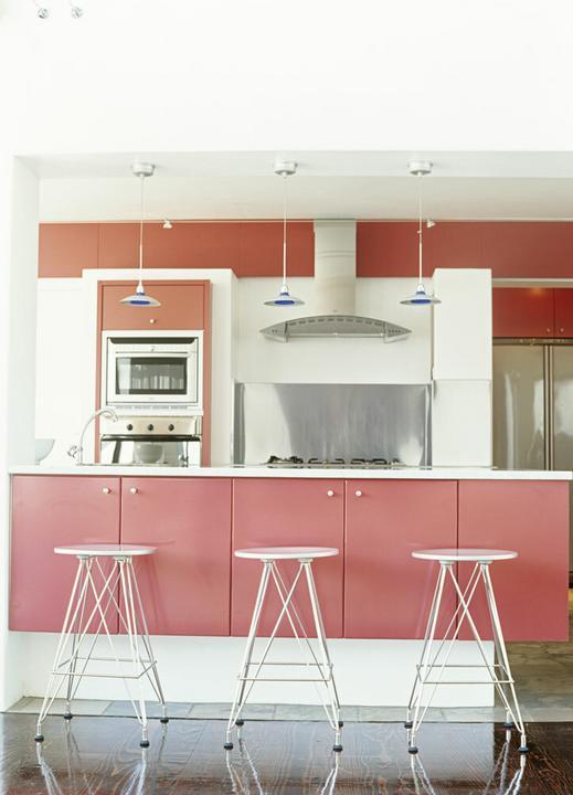 Kuchnia w czerwonym kolorze