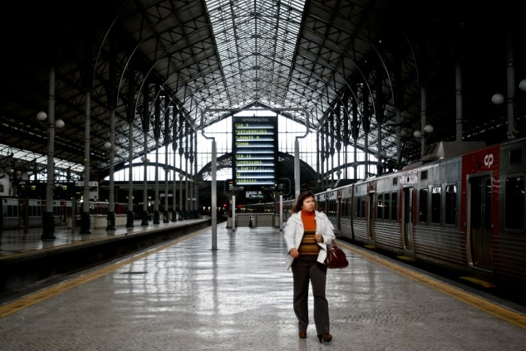 Train derailment in Portugal kills 2, severely injures 9: media