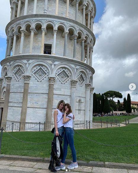 Ana sa ćerkom Ivom u Italiji