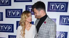 Sylwia Juszczak i Mikołaj Krawczyk nie mogli od siebie oderwać wzroku na konferencji TVP